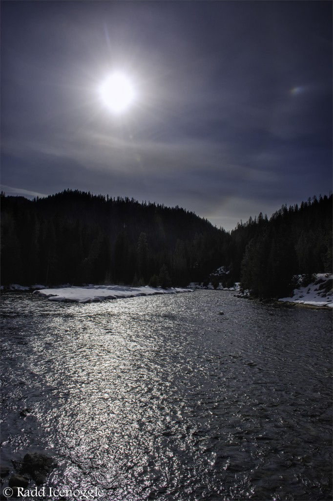 Intense sun over the Lochsa River