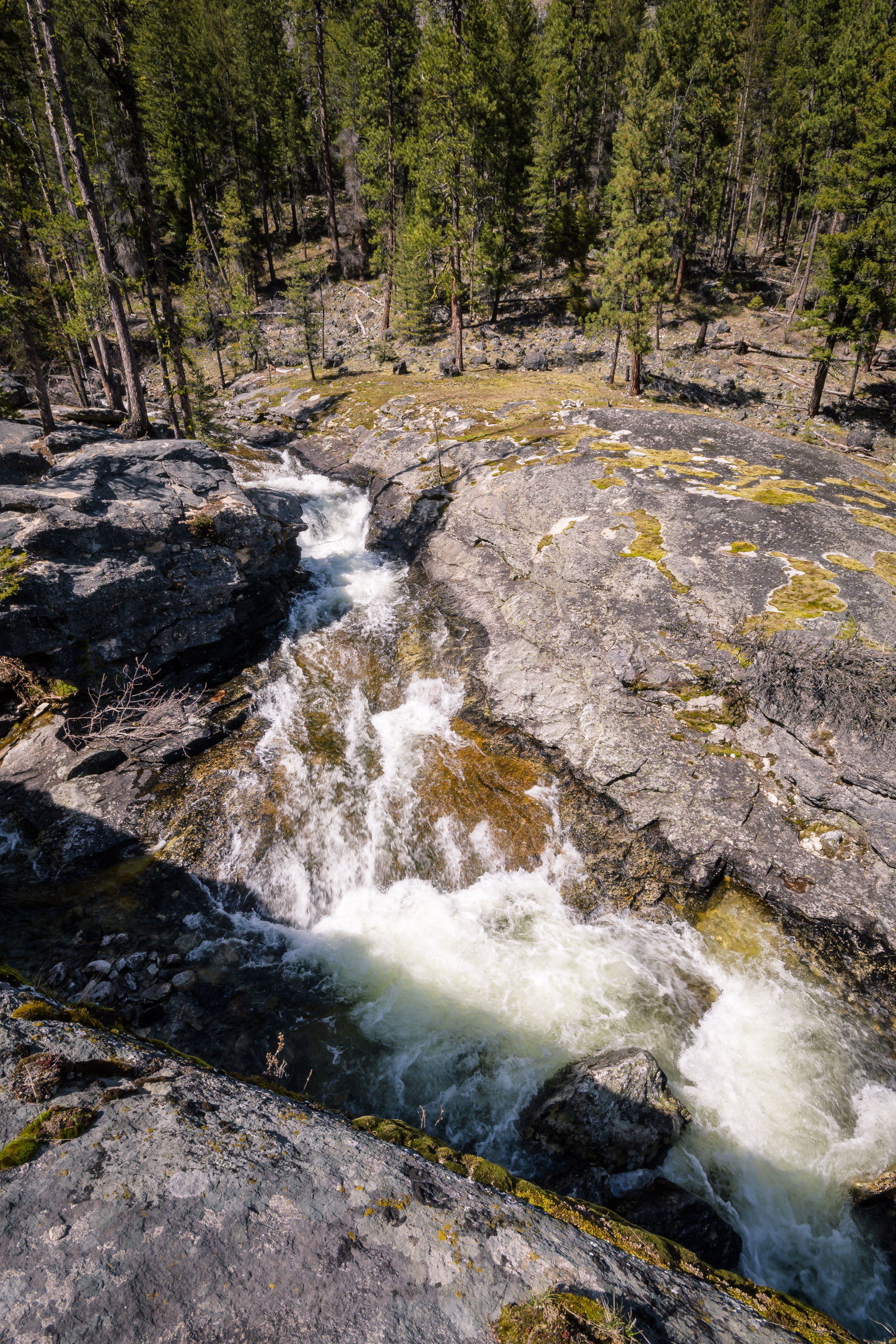Bear Creek Falls splits around a massive chunk of granite