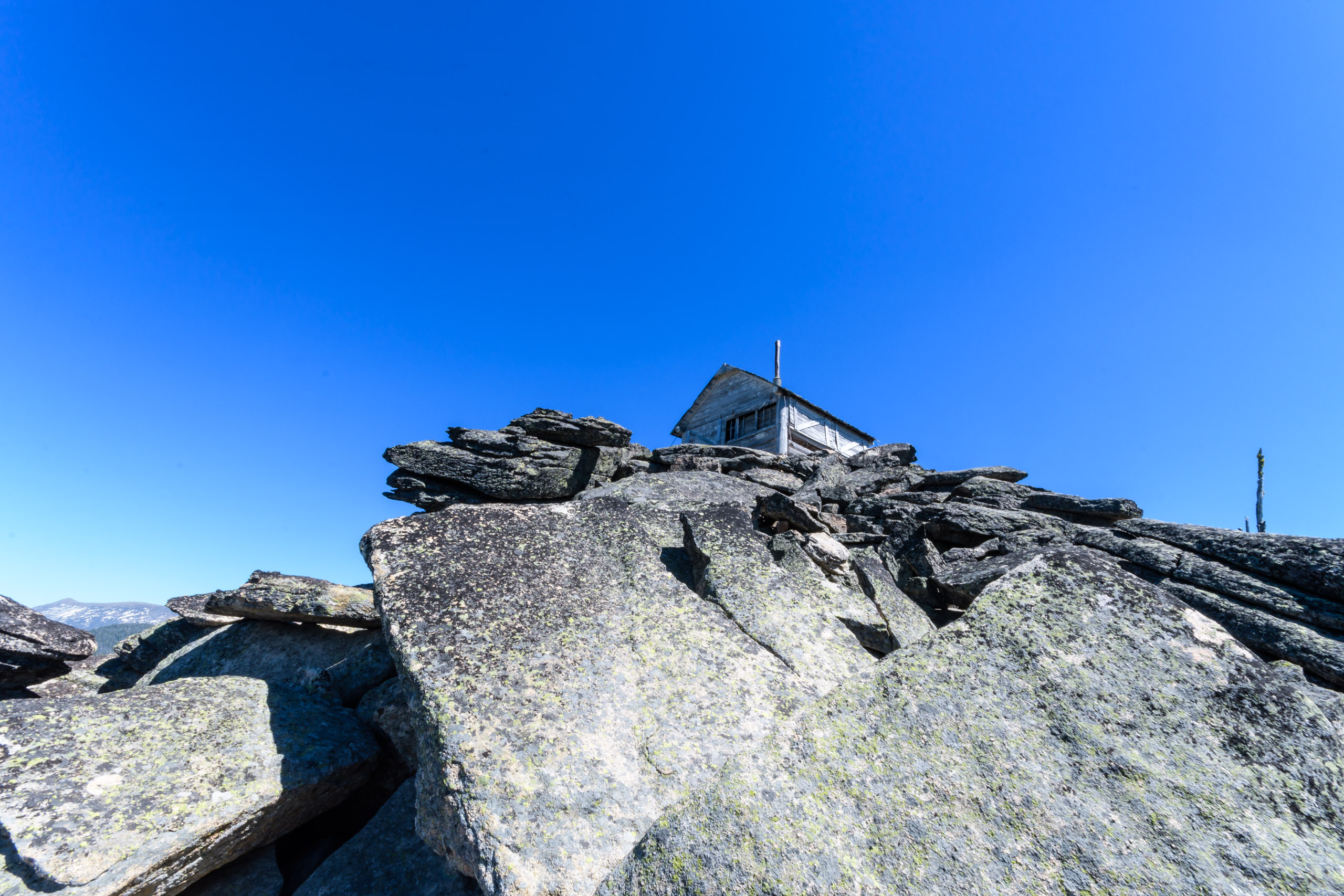 Skookum Butte Lookout is an old L-5 log and frame cabin, and only one of three remaining intact